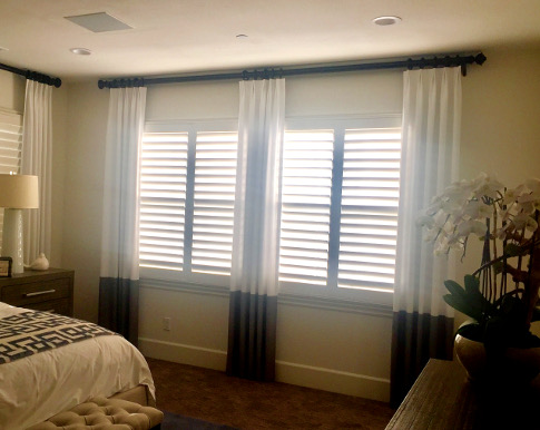 Design Trends for Window Coverings Near Huntington Beach, California (CA) like Two Toned Draperies in Bedrooms